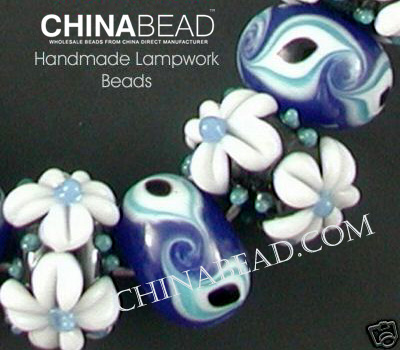 glass bead partial detailed view